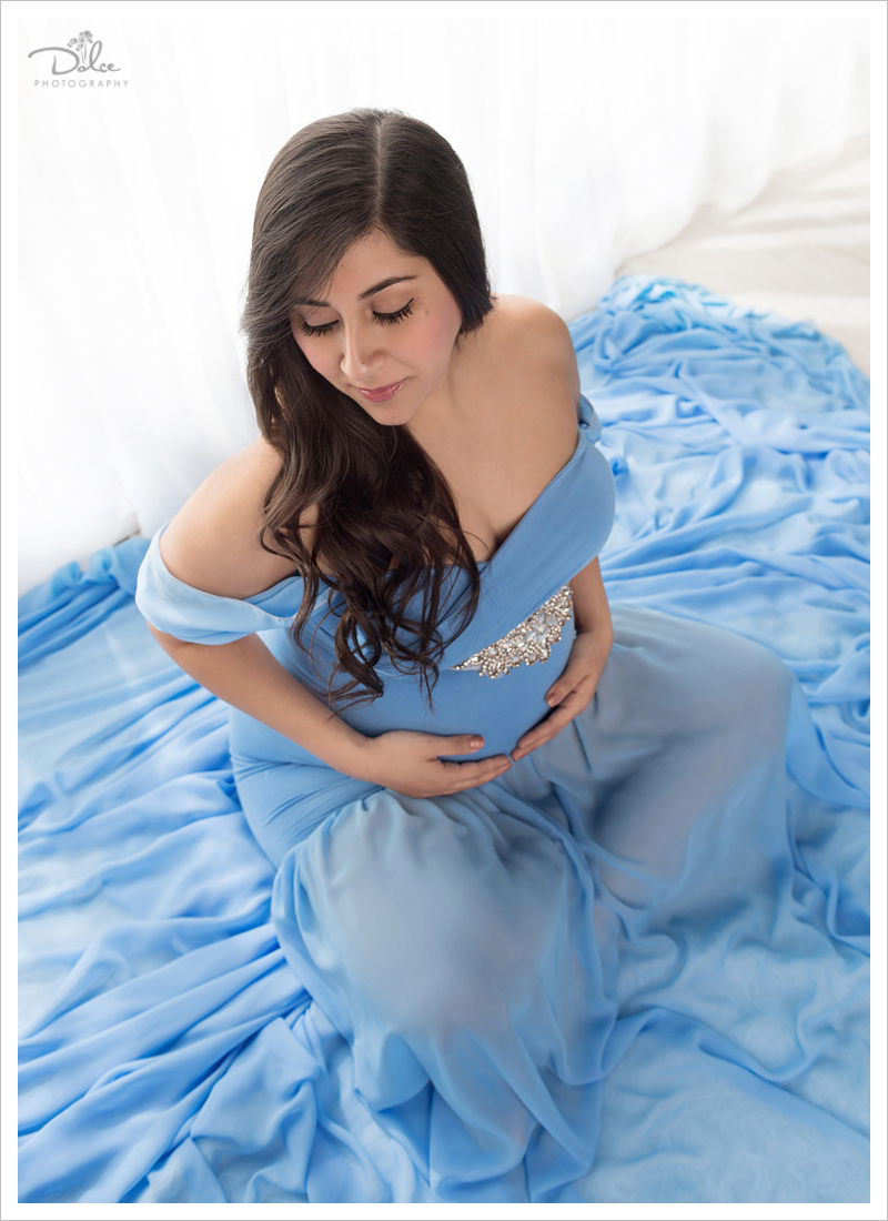Mariel Aguirre Classic Window Pregnancy and Maternity Portraits ...